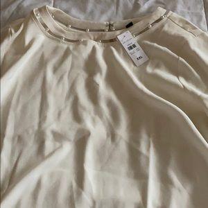 Cream pearl accent Ann Taylor blouse NWT